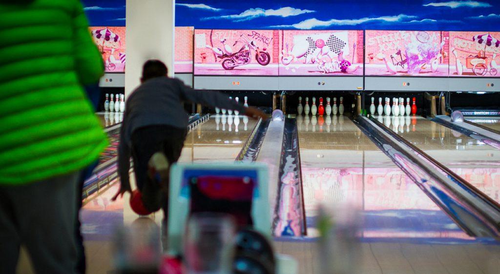 slider-bowling