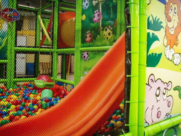 parco giochi bambini gonfiabili ancona